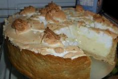 Olha que linda esta torta de limão Vai fazer para quem? Marca aqui nos comentários!! - Aprenda a preparar essa maravilhosa receita de Torta de limão fácil e gostosa