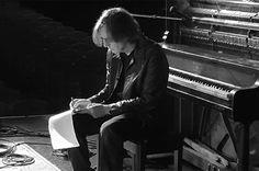 """It's not a brief show. I can't even edit down a tribute show,"" said Judd Apatow, introducing a tribute to singer/songwriter Warren Zevon. Jackson Browne, Warren Zevon, The Pretenders, Rock N Roll, My Music, My Best Friend, Blues, Singer, Poet"