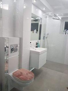 Bathroom Inspo, Master Bathroom, Exterior Design, Interior And Exterior, Dream House Exterior, Toilets, Sweet Home, New Homes, Room Decor