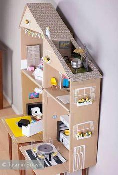 Carton doll house