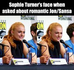 Game of thrones funny meme Sophie Turner Game Of Thrones Facts, Game Of Thrones Quotes, Game Of Thrones Funny, Sophie Turner, Got Memes, Funny Memes, Hilarious, Game Of Thrones Wallpaper, Got Merchandise