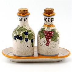 ITALIAN CERAMIC BOTTLES, CRUETS & SHAKERS: Italian Ceramics - Deruta  I'd make these S&P shakers for my collection ~ Petunia
