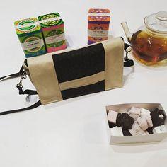coudre et Trico'thé sur Instagram: Un #cachôtin de chez #sacotin réalisé par Valérie qui débute le Couture. Un bon moment de Couture gourmande autour d'une tasse de thé.…