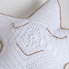 Ürün görseli 5 El yapımı minik yıldız kroşe yastık