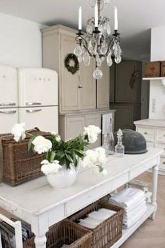 Kitchen design ideas and products at my.trendsideas.com  #smeg #kitchen