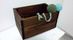 Koiran lelulaatikko + virkatut pallot (Sanna Tiusanen)