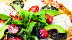Gluteeniton pizzapohja valmistuu kätevästi gluteenittomasta jauhoseoksesta.  Syö sekä edullisesti että hyvin. Tämäkin gluteeniton resepti vain noin 0,50 €/annos.