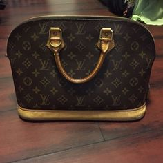 Authentic Louis Vuitton Alma Fashion Tips 6b2694ad73d