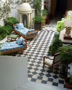 Courtyard - Lorenzo Castillo in Madrid