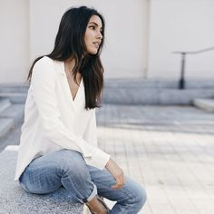 Such an amazing, basic and super classic outfit! Get the look here: Jeans: http://asos.do/PewOaW Shirt: http://asos.do/E44iH2