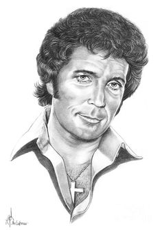 Tom Jones by Murphy Elliott ~ traditional pencil art Celebrity Caricatures, Celebrity Drawings, Celebrity Portraits, Cool Pencil Drawings, Amazing Drawings, Pencil Art, Pencil Portrait, Portrait Art, Portrait Sketches