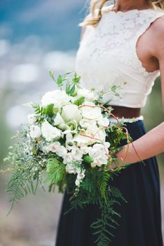 A stunning white wedding bouquet perfect for this mountain wedding! by Tonie Christine Photography http://www.thebridelink.com/blog/2014/04/29/casual-mountain-elopement-by-tonie-christine-photography/