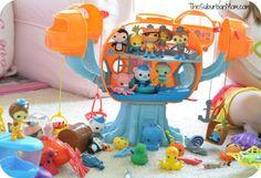 Sound the Octo-Alert - Octonauts Toys are at Toys R Us!!! Octopod, Captain Barnacles, Kwazii, Dashi, Tweak, Shellingtong, Tunip, Gups & More!