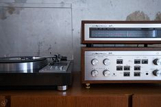 AUDIOKLASSIKS | HIFI VINTAGE OF THE 60's & 70's » PIONEER PLC-590 | LUXMAN 55A | 50A