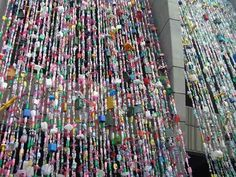 http://feelthehome.com/wp-content/uploads/2012/07/cool-hippie-door-beads-curtain.jpg