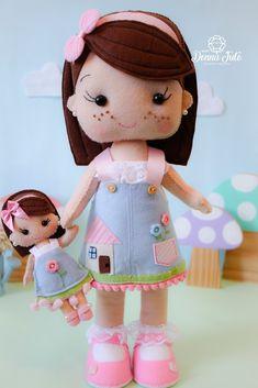 Felt Diy, Felt Crafts, Homemade Baby Mobiles, Fun Projects, Sewing Projects, Soft Toys Making, Panda Art, Baby Keepsake, Felt Dolls