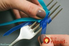 tiny-bow-on-the-fork08