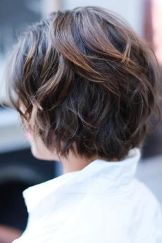Stylish Shag Haircut Ideas For Your Trendy Look ★ See more: http://lovehairstyles.com/shag-haircut/