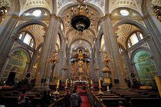 Interior de la Catedral de Puebla, MEX.