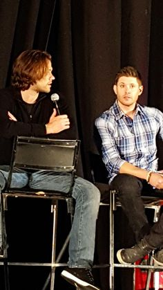 .@jarpad : sam and Dean being up against a wall is what people relate to #njcon @JensenAckles