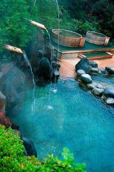 Japanese man in hot spring at Moei no yu Onsen (Hot Spring) Hakone Kowaki-en Yunessun Spa Resort in Hakone_Japan Piscina Hotel, Hakone Japan, Japanese Hot Springs, Japanese Bath, Dream Pools, Cool Pools, Pool Designs, Resort Spa, Japan Travel