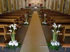 Esempio Di Addobbi Per Matrimonio In Chiesa Fiori Per La Chiesa Da Matrimonio Composizioni Floreali Matrimonio Addobbi Floreali Matrimonio