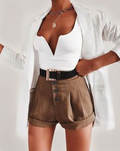 clothes for women,womens clothing,womens fashion,womans clothes outfits Summer Shorts Outfits, Spring Outfits, Trendy Outfits, Cool Outfits, Fashion Outfits, Fashion Trends, Womens Fashion, Fashion Ideas, Party Outfits