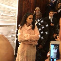 Shared by ροby φεnτy. Find images and videos about rihanna on We Heart It - the app to get lost in what you love. Rihanna Fenty Beauty, Rihanna Riri, Rihanna Images, Soft Ghetto, Bad Gal, Grunge Hair, Gilmore Girls, Woman Crush, Beautiful Celebrities
