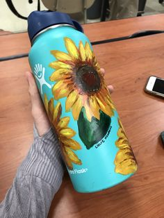 Sunflowers painted in a hydro flask