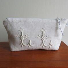 See related links to what you are looking for. Embroidered Bag, Linens And Lace, Heirloom Sewing, Linen Tablecloth, Handmade Bags, French Vintage, Boutique, Purses, Shabby Chic