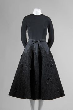 Cristobal Balenciaga, Evening Dress, 1951-1952, Fashion Institute of Technology, New York