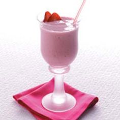 Strawberry Banana Smoothie Frozen berries and fruit keep these frosty smoothies extra thick. Best of all, the recipe is a great way to use up that last banana or two