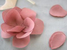 DIY: Fabric Flower Pin | Momtastic