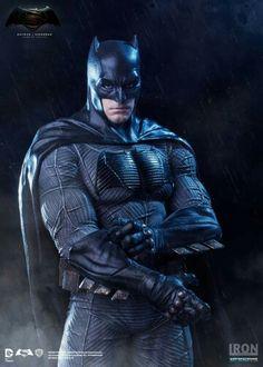Iron Studios- Batman v Superman