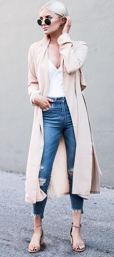 trendy outfit idea: nude coat + top + ripped jeans + heels + sunglasses