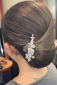 New Hair Short Styles Updo Chignons Ideas Hairstyles Haircuts, Trendy Hairstyles, Wedding Hairstyles, Short Hairstyles For Thick Hair, Curly Hair Styles, Peinado Updo, Ballroom Hair, Bridal Hair, Hair Inspiration