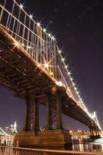 Manhattan Bridge at Night   par francinelane