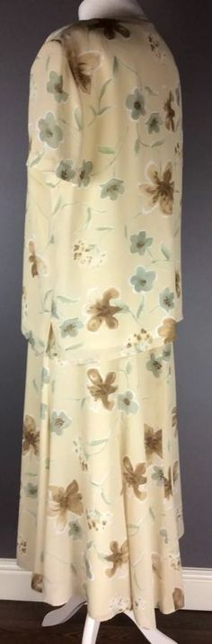 jacques vert Uk 18 Top & Skirt Outfit Mother Of The Bride Floral Print Vgc Formal Wedding, Skirt Outfits, Mother Of The Bride, 18th, Floral Prints, Amp, Summer Dresses, Bride Dresses, Skirts