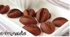 Fursecuri-biscuiti-cafea-cacao Biscuits, Muffin, Cooking Recipes, Bread, Cookies, Breakfast, Food, Random, Crack Crackers