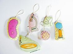 Microbiology Ornaments Set of Six by VerdantViolet on Etsy, $40.00 Microbiology Ornaments, Set of Six    Includes amoeba, microscope, salmonella, bacteriophage, hepatitis B virus, and bacteria colony isolation.