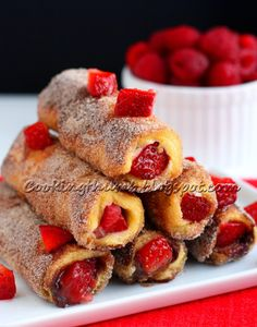 FRENCH TOAST ROLL-UPS http://cookingthumb.blogspot.com/2014/01/french-toast-roll-ups.html