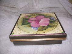 Caixa - lembrança para madrinhas 1 by Dag Lembrancinhas - Artesanato em madeira, via Flickr