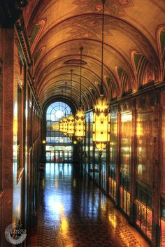 Fisher Building, Detroit, MI, Photo by City Photos and Books, Inc.