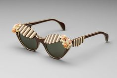 f84784d3769 Schiaparelli 1950s Made by American Optical Co. Brown plastic sunglasses  with brown and ivory striped