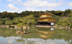 Kinkakuji (金閣寺, Golden Pavilion) is a Zen temple in northern Kyoto whose top two floors are completely covered in gold leaf. Asia Travel, Japan Travel, Japan Trip, Kyoto Itinerary, Japan Tourism, Round The World Trip, Japan Guide, Visit Japan, Kyoto Japan