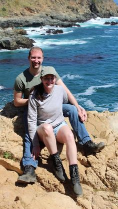 I love exploring the world with him. 💞 Carmel and Big Sur travel guides are on my website for those interested in planning a summer vacation to remember. Read more here. #veiledfree #lifestyle #summer #travel #tips