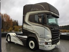 SCANIA Road Hog, Customised Trucks, Engin, Vehicle Wraps, Car Wrap, Cool Trucks, Cars And Motorcycles, Trailers, Wrapping