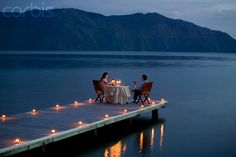 Best websites for booking a UK restaurant - - It is that time again when thoughts turn to romance. And if you are thinking of taking your other half out for a Valentines dinner, Fred Mawer has a few helpful hints. Romantic Places, Romantic Dinners, Beautiful Places, Romantic Ideas, Dream Dates, Lake Dock, Romantic Evening, Romantic Candle Light Dinner, Candlelight Dinner