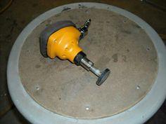 Handheld mini planishing hammer
