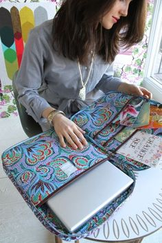 Amy Butler's Nola Laptop Wrap, part of the Hapi Sunrise collection from Kalencom. quilt to make it padded